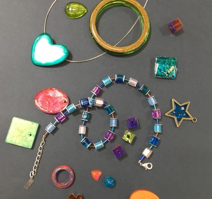 Resin Jewellery Classes are Here!